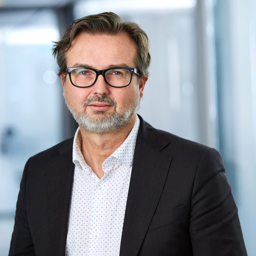 Senior Retail Analyst - Per Andersson